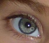 Tuto éclaircir les yeux sous Photoshop ou PSE clin d'oeil Design